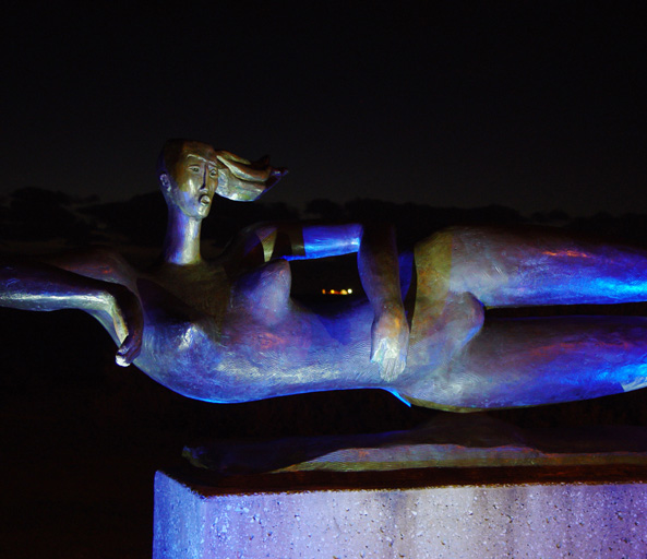 Swimmers Sculpture 3
