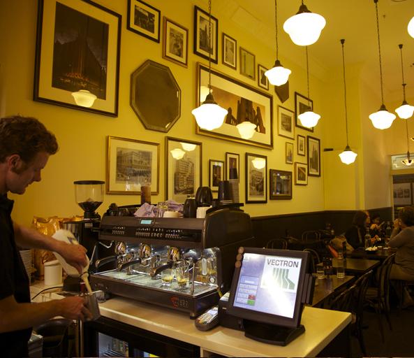 cafe1932-08