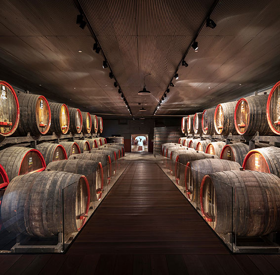 001–Penfolds-Photo-Peter-Barnes